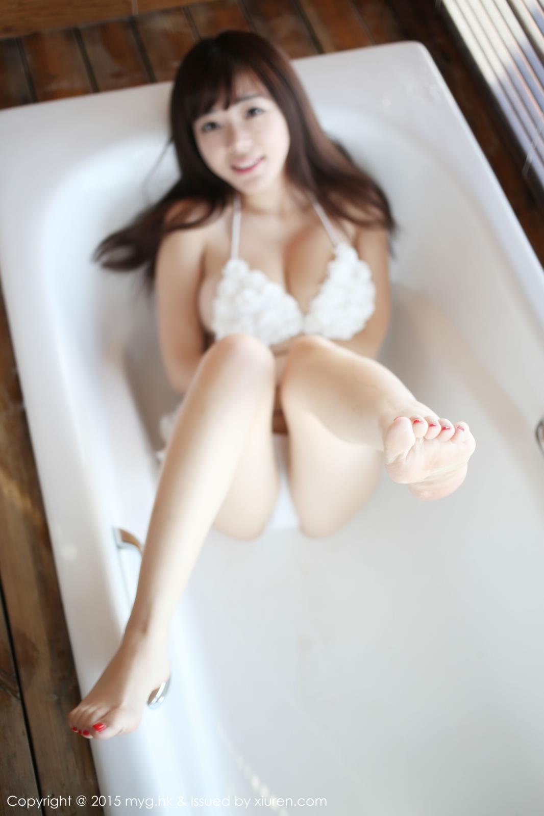 巨乳诱惑美女内衣诱惑性感美女爆乳美媛馆-[刘飞儿]超高清写真图片 1620064125更新