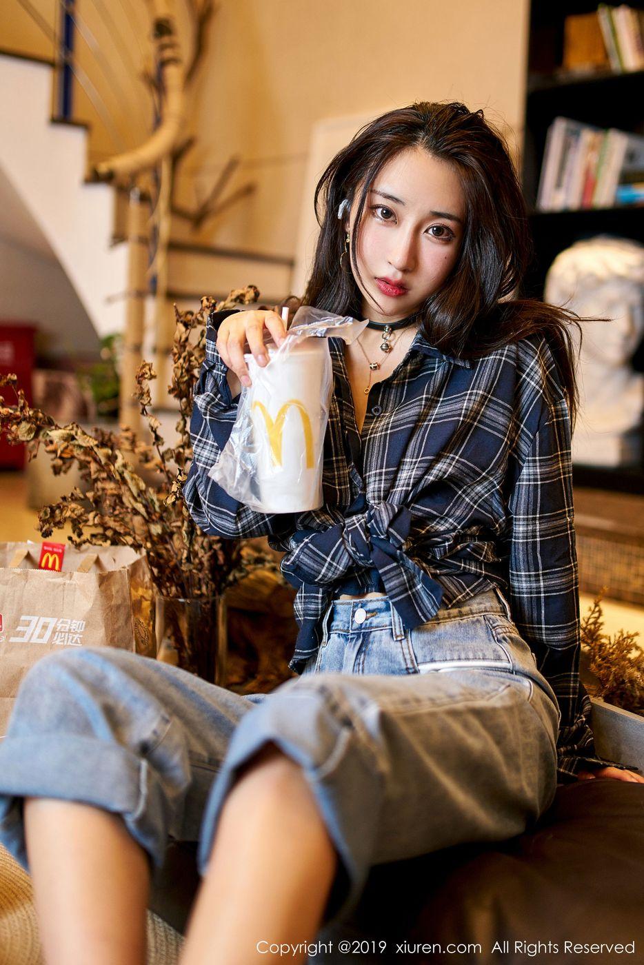 牛仔裤内衣诱惑美胸三点式丁字裤美女模特秀人网-[林子欣]超高清写真图片|1620391063更新