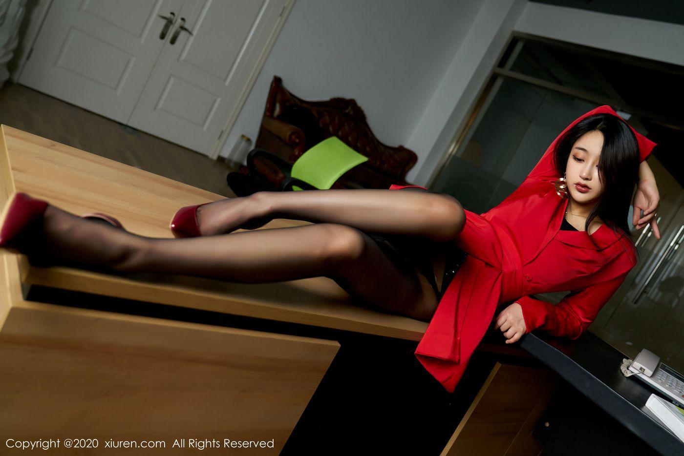 旗袍美女黑丝美腿女仆装大尺度翘臀美女模特花の颜-[芝芝Booty]超高清写真图片 1620221856更新