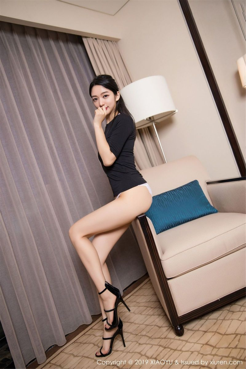 浴室美女内衣诱惑美腿湿身诱惑美胸性感女神语画界-[小热巴]超高清写真图片|1620245752更新