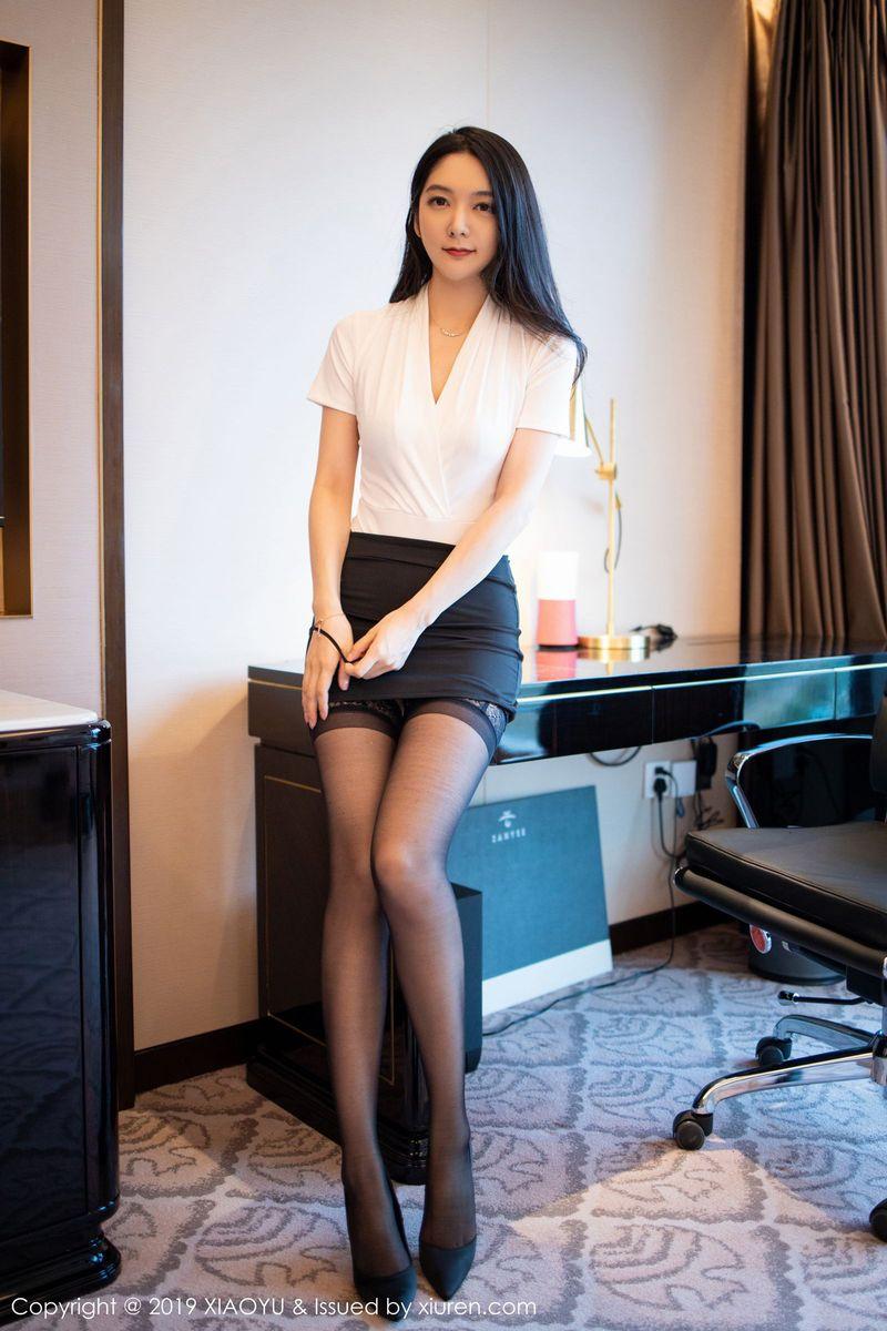 职场OL内衣诱惑女秘书丝袜美腿高跟鞋性感女神语画界-[小热巴]超高清写真图片|1620248401更新