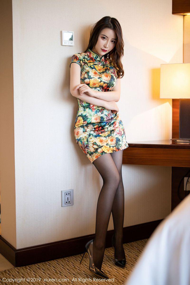 黑丝美腿吊袜旗袍美女翘臀内衣诱惑美女模特秀人网-[绯月樱]超高清写真图片 1620252100更新
