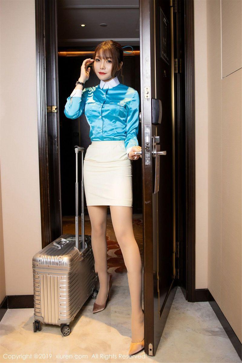 翘臀内衣诱惑职场OL丝袜美腿空姐性感女神秀人网-[芝芝Booty]超高清写真图片|1620257262更新