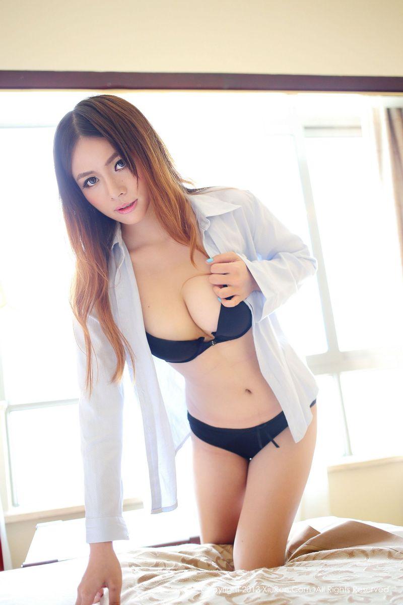 内衣诱惑美胸床照私房照嫩模性感美女秀人网-[奈奈Fox]超高清写真图片 1620300303更新
