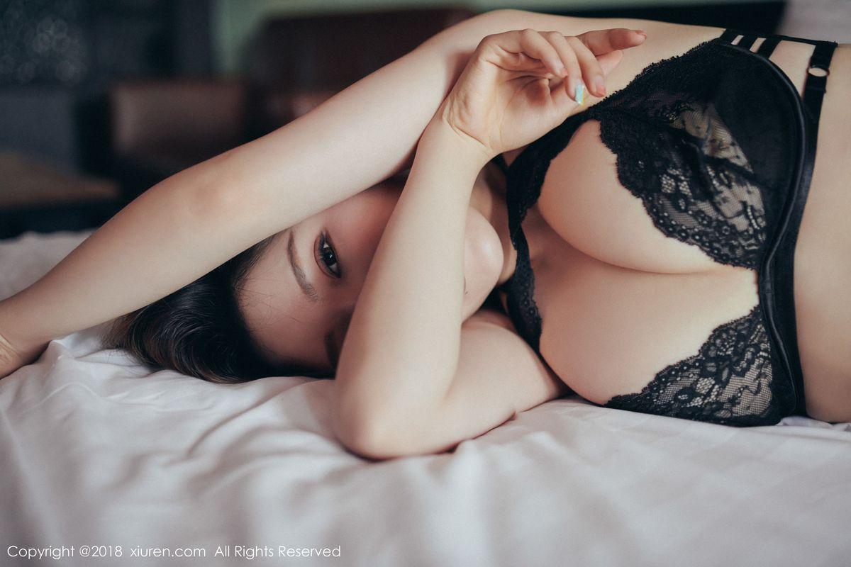 浴室美女湿身诱惑翘臀床照大尺度性感女神秀人网-[妮小妖]超高清写真图片|1620320716更新