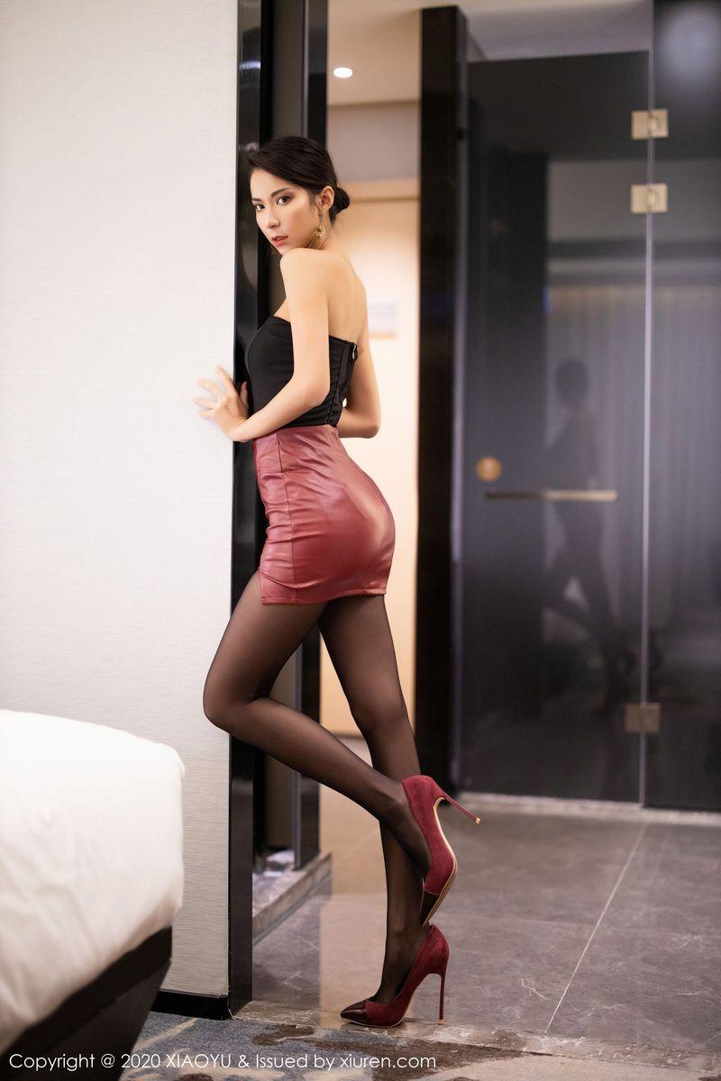 超短裙黑丝美腿内衣诱惑美胸腿控福利气质美女语画界-[陈良玲]超高清写真图片 1620324291更新