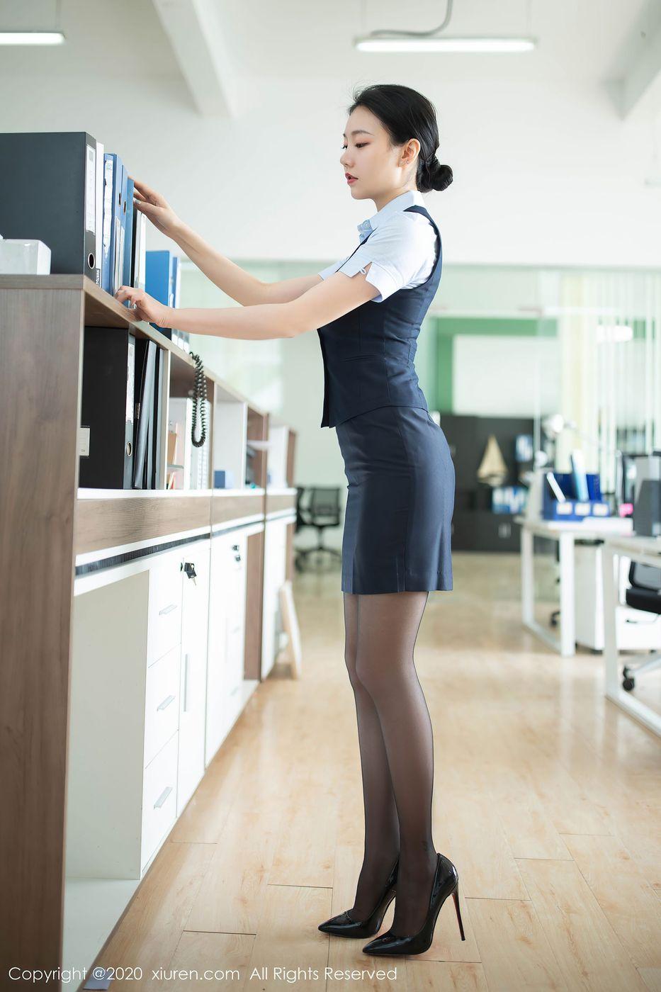 黑丝美腿内衣诱惑翘臀职场OL女秘书美女模特秀人网-[安然Maleah]超高清写真图片|1620396681更新