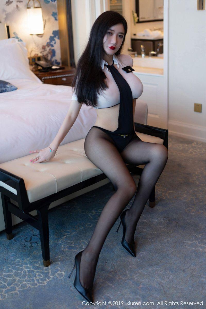 黑丝美腿白衬衫警花制服诱惑人间胸器性感女神秀人网-[李妍曦]超高清写真图片|1620344520更新