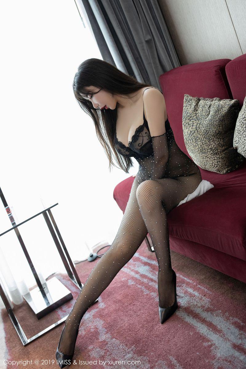 黑丝美腿内衣诱惑翘臀高跟鞋熟女美女模特爱蜜社-[李妍曦]超高清写真图片|1620344821更新