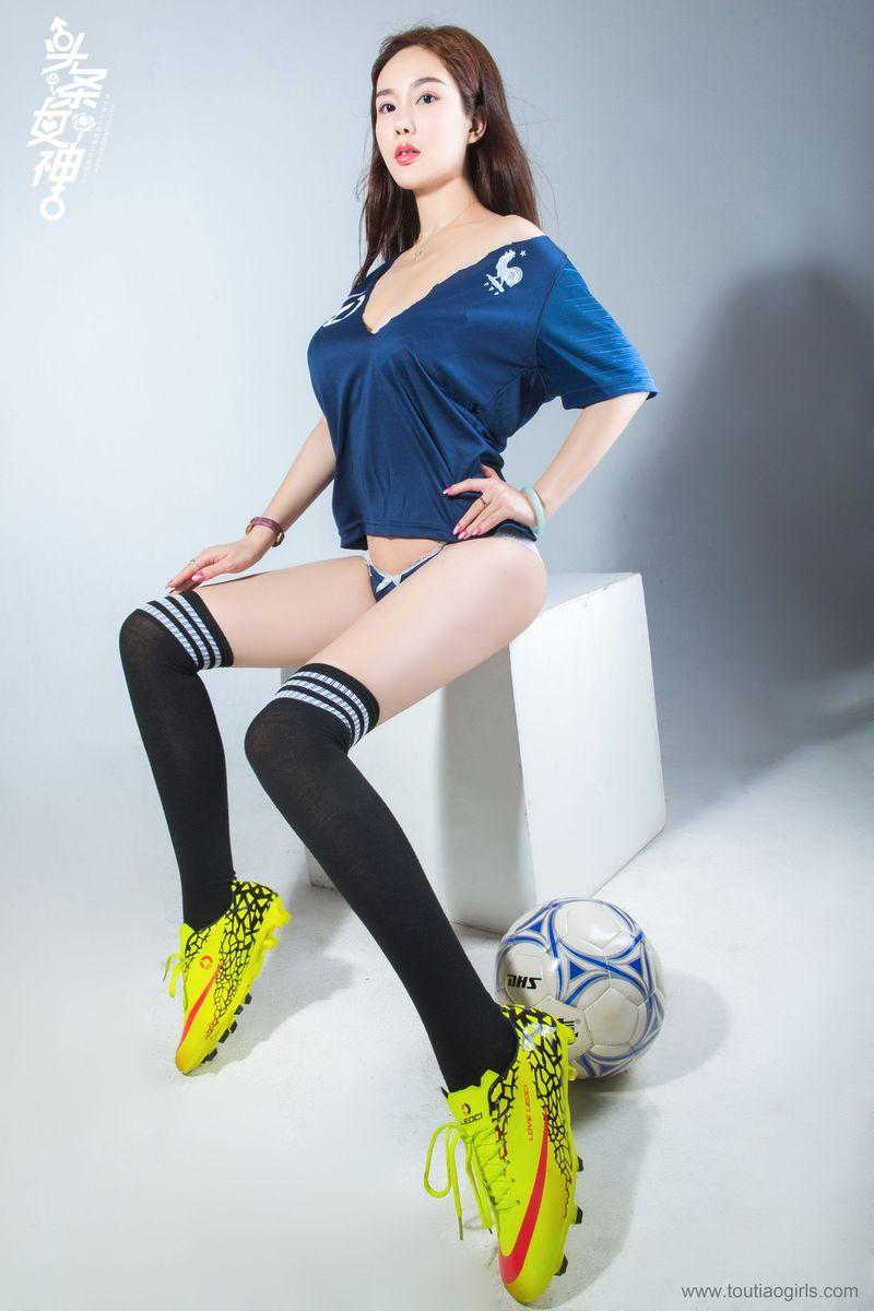 足球宝贝长筒袜翘臀美胸御姐头条女神-[易阳Silvia]超高清写真图片|1620345822更新