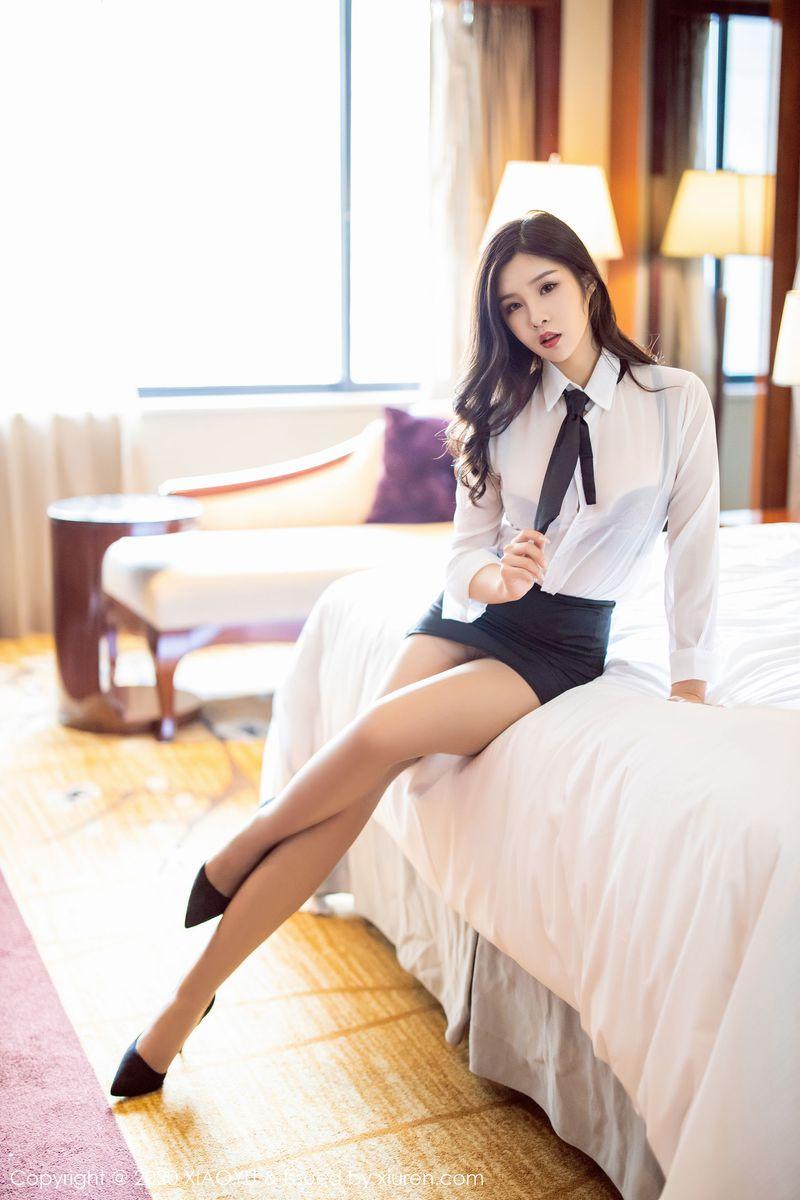 黑丝美腿内衣诱惑白衬衫职场OL制服诱惑美女模特语画界-[周思乔]超高清写真图片 1620398615更新