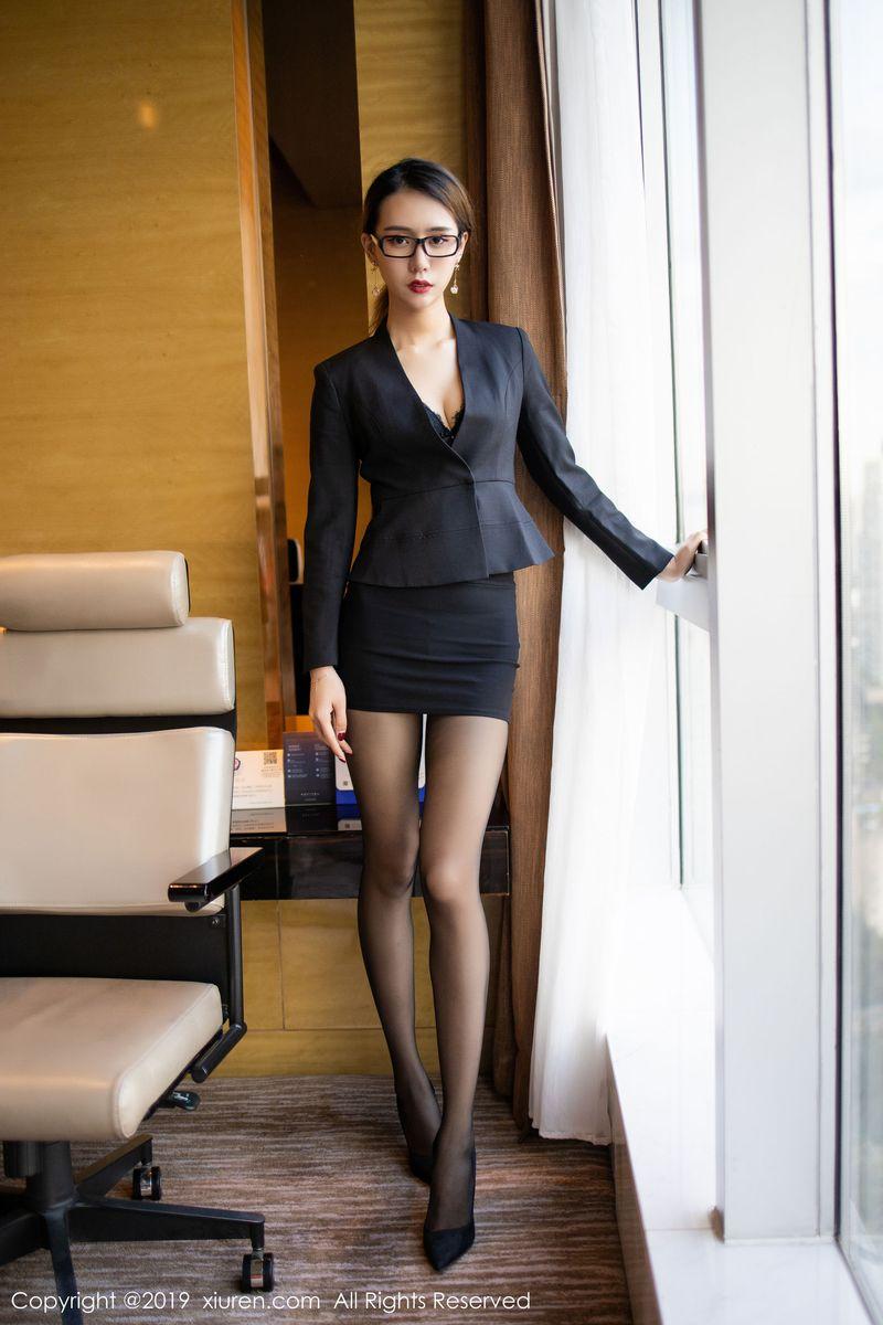 职场OL黑丝美腿女秘书内衣诱惑美女模特秀人网-[白子嫣]超高清写真图片|1620372839更新