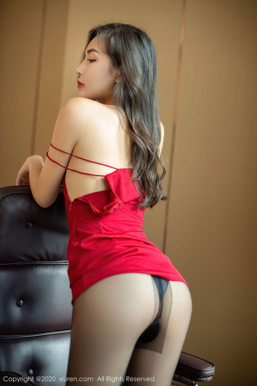 吊裙黑丝美腿翘臀气质美女嫩模性感女神秀人网-[夏玥]超高清写真图片 1620415523更新