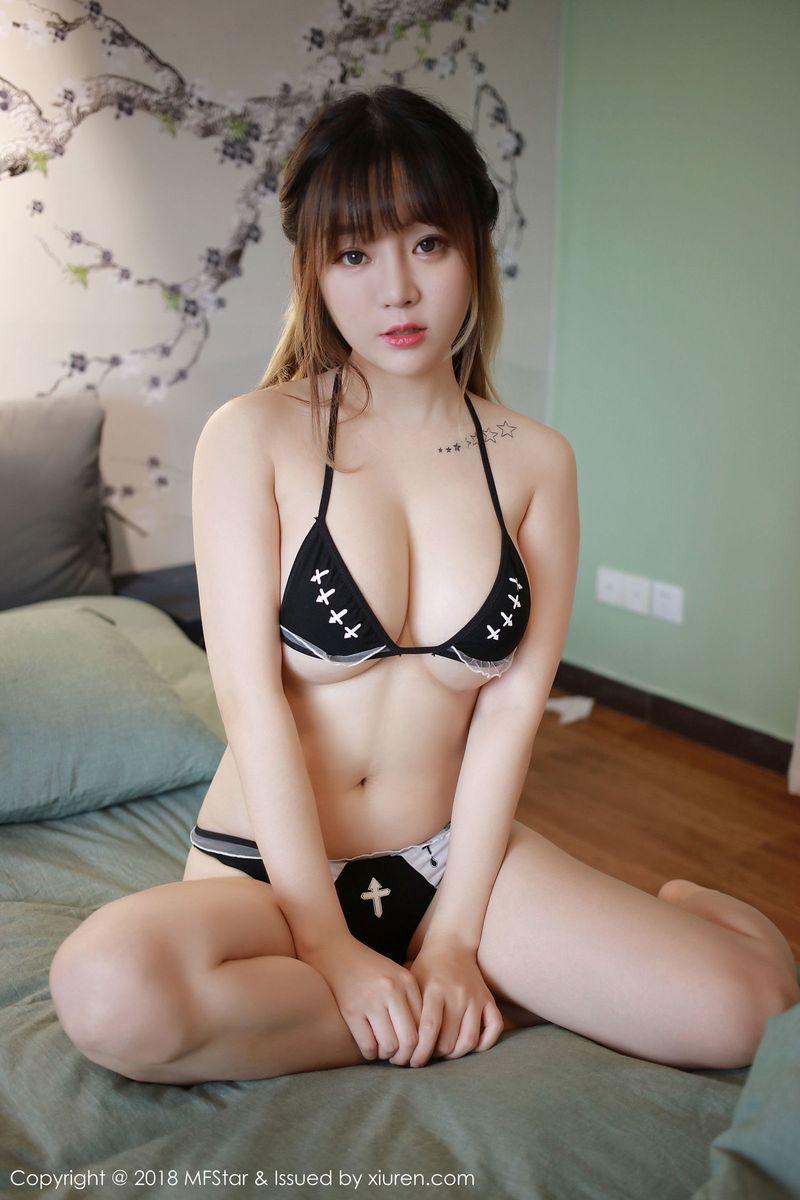 三点式内衣诱惑比基尼爆乳翘臀性感女神模范学院-[王雨纯]超高清写真图片|1620189099更新