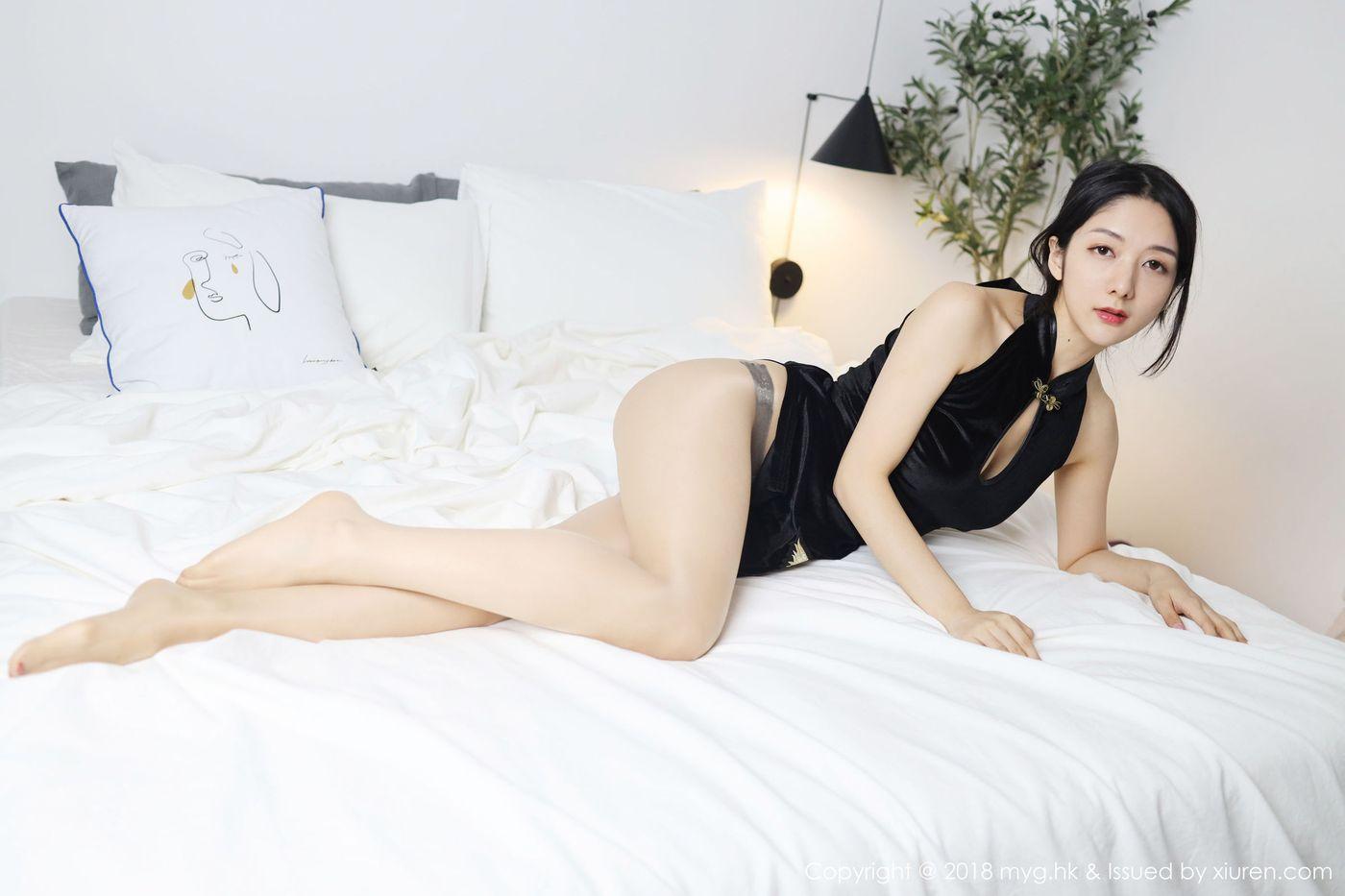 旗袍美女丝袜美腿气质美女翘臀性感女神美媛馆-[小热巴]超高清写真图片 1620158585更新