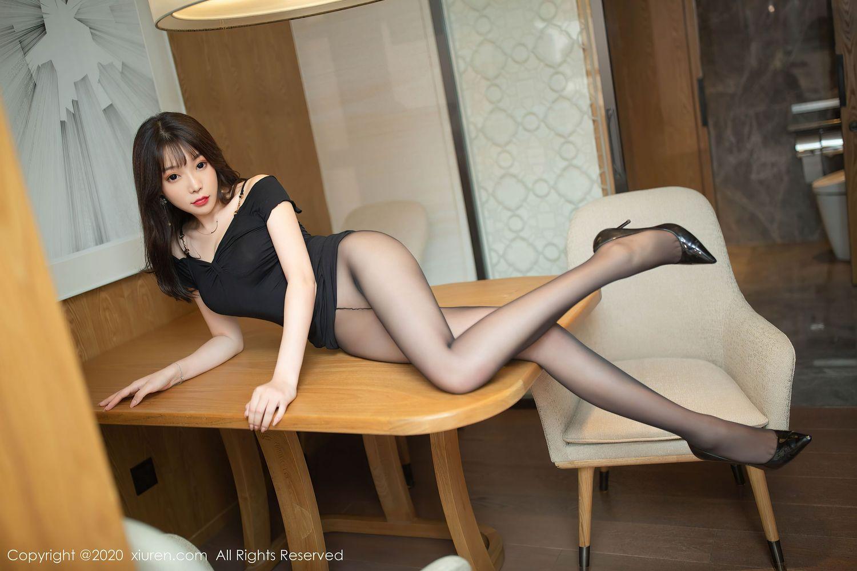 警花比基尼超短裙三点式内衣诱惑爆乳美女模特魅妍社-[娜露Selena]超高清写真图片 1620194219更新