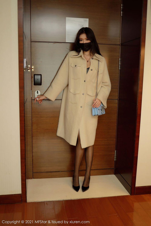 皮衣美女黑丝美腿情趣制服翘臀美女模特模范学院-[小娜比]超高清写真图片|1620432801更新