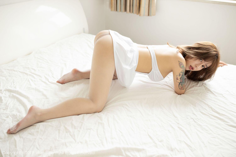 爆乳翘臀长裙美女内衣诱惑美女模特性感美女尤果网-[杨漫妮]超高清写真图片 1620210622更新